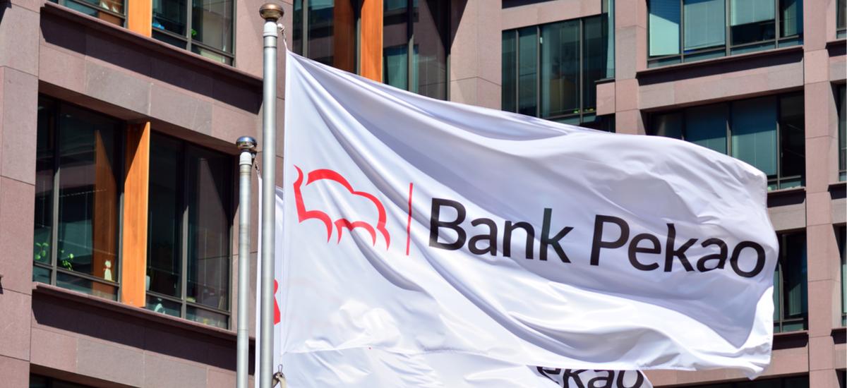 """Bank Pekao energia berdean sartzen da.  """"Zaindu klima ona"""" kanpaina abian da"""