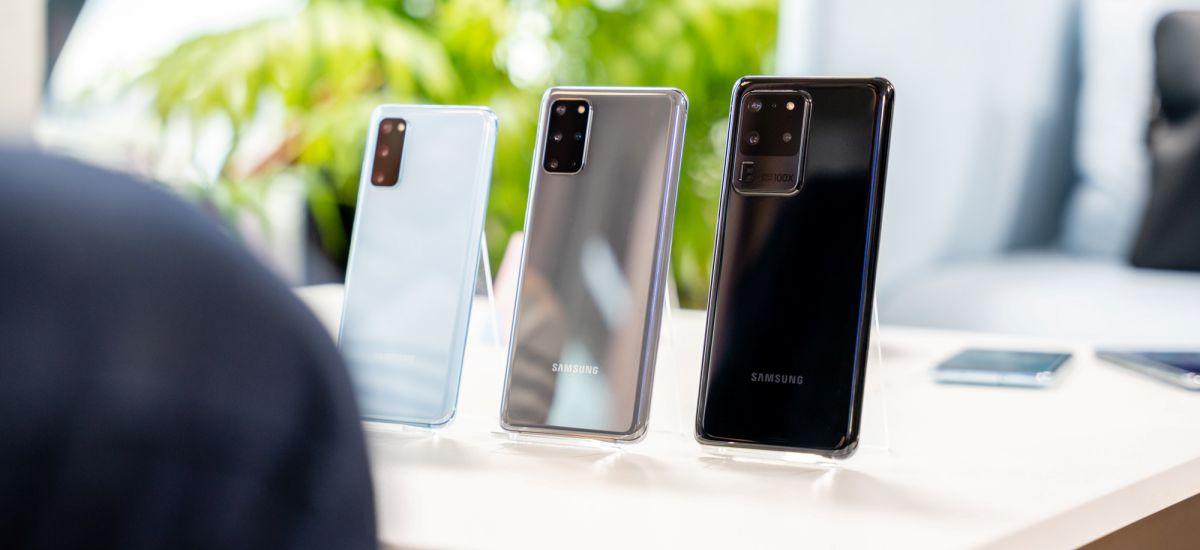 Hiru aurpegi Samsung.  hemen Galaxy S20, Galaxy S20 + eta Galaxy S20 Ultra