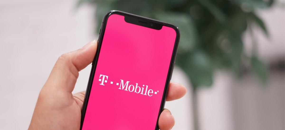 T-Mobile-k bezeroei nola tratatzen dien
