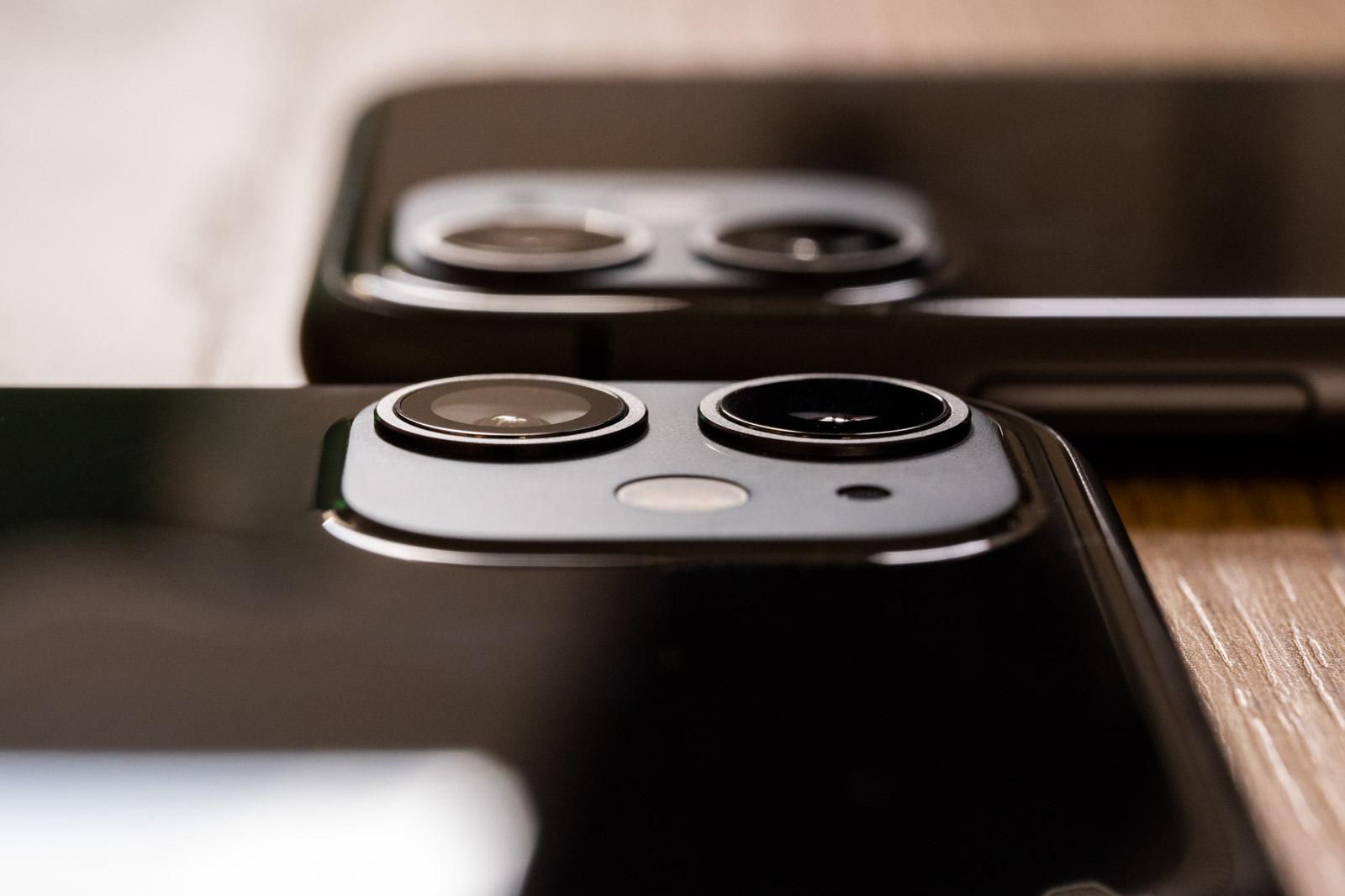iPhone 2020-k kamera matrikoa egonkortzeko modukoa izan dezake.  Zertan datza hau?