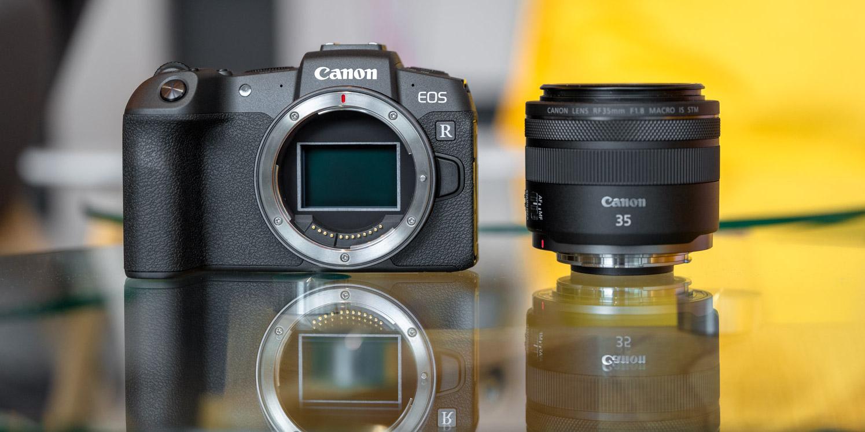 Canon-en SLR eta mirrorless hibridoa profesionalentzako akordio berria izango da