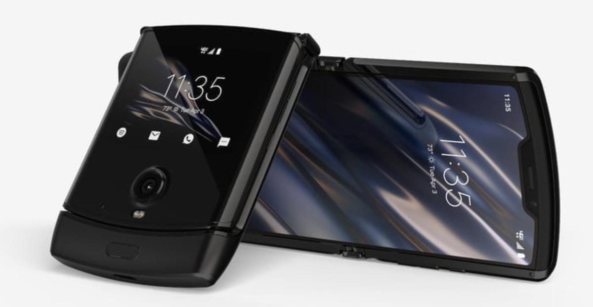 Zoria kostatzen da eta gama erdiko smartphone espezifikazioa du.  Motorola Razr ofizialki