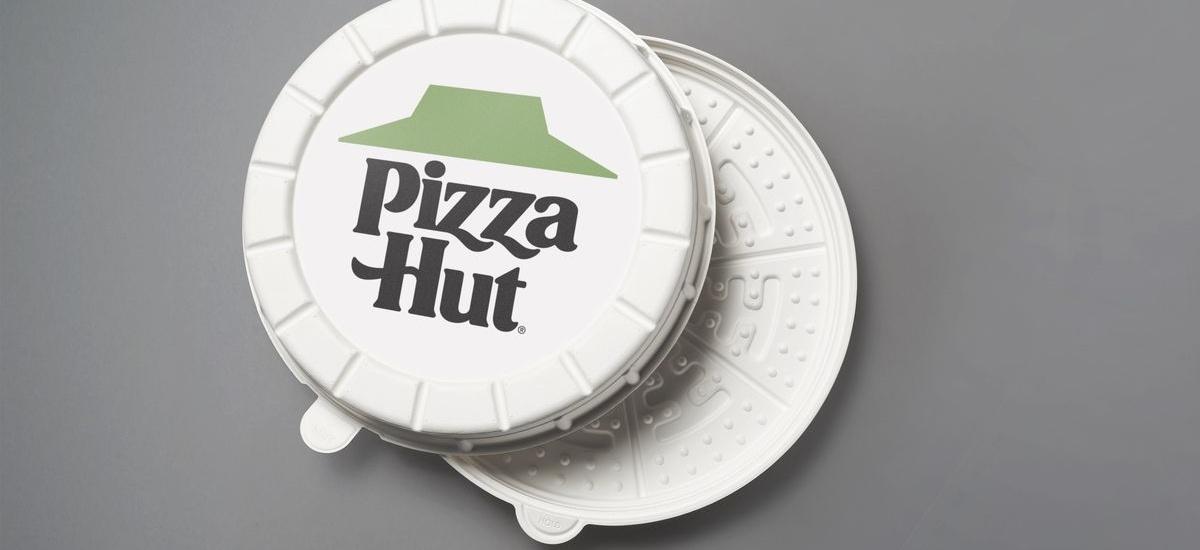 Saltxitxa pizza artifiziala kutxa biribilean eman.  Horrela, Pizza Hut-ek klima aldaketari aurre egingo dio