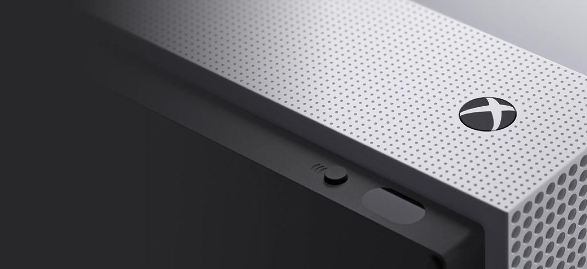 Uko egin nuen, itxaroten nago.  Xbox One joko kontsola gisa soilik erabiltzen dut