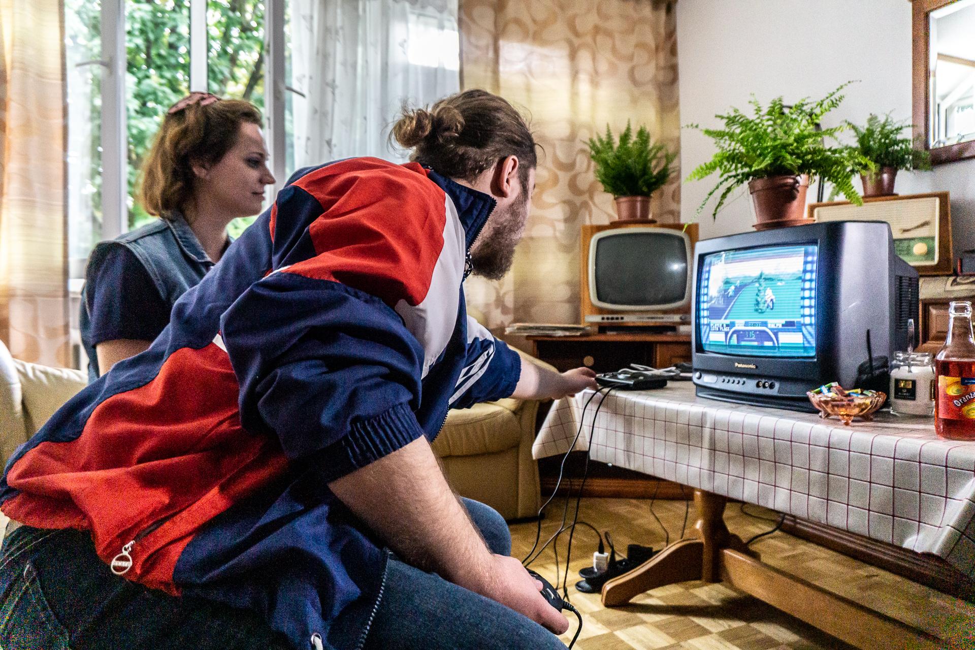 SEGA Mega Drive Mini kontsolaren proba - 90eko hamarkadako plataforma retro berriaren pros eta kontra handienak