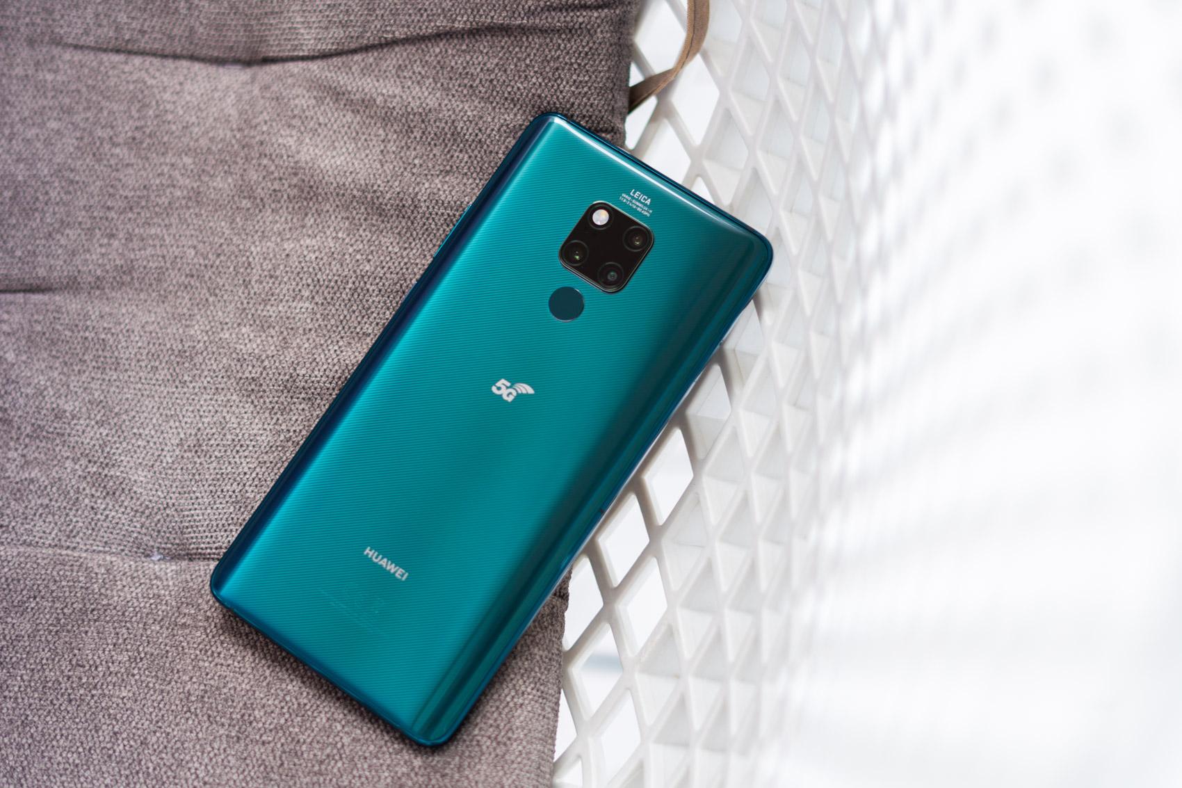 Poloniako lehen 5G telefonoa salgai dago orain.  Huaweia Mate 20 X 5G egiaztatzen dugu