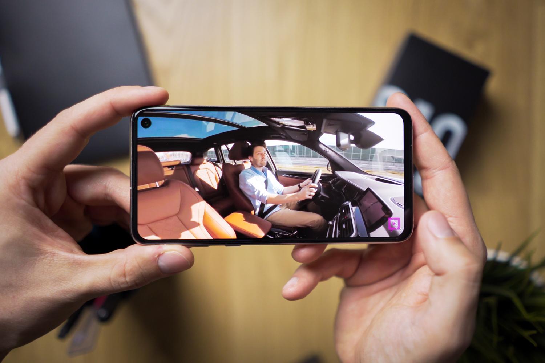 Samsung Galaxy S10e PLN 2044 eta iPhonek% 20tik gorako deskontua  jarraitzen Amazon Prime eguna