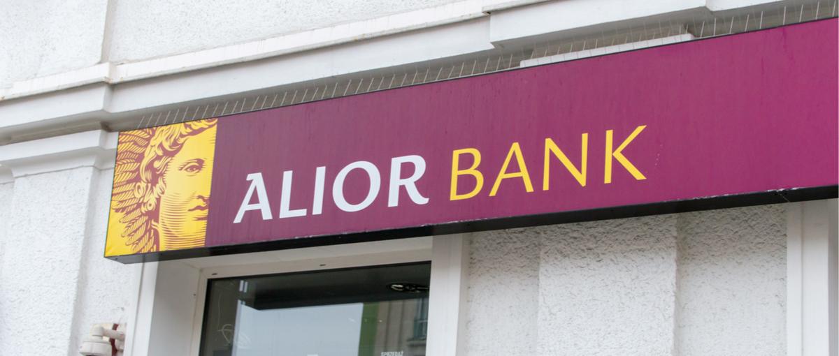 Alior Bank-ek adinekoentzako tailerra antolatu zuen.  Bezeroei lineako bankuak nola erabiltzen diren irakasten die
