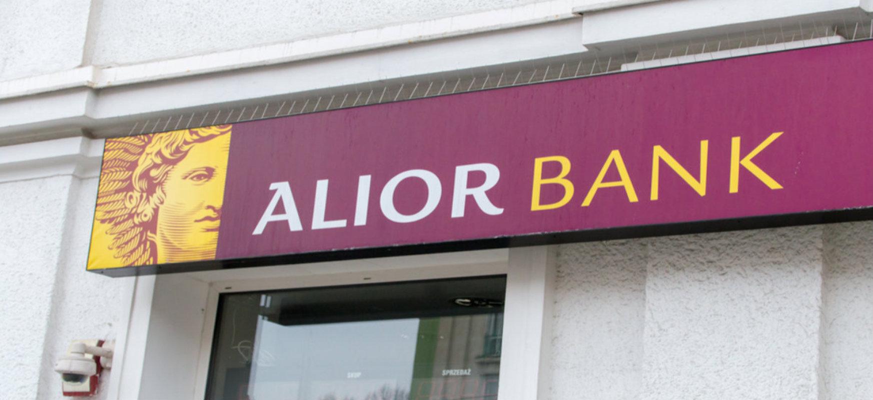 Amior Clever-ek Alior Bank-ekin, adinekoei online banka irakatsiko die