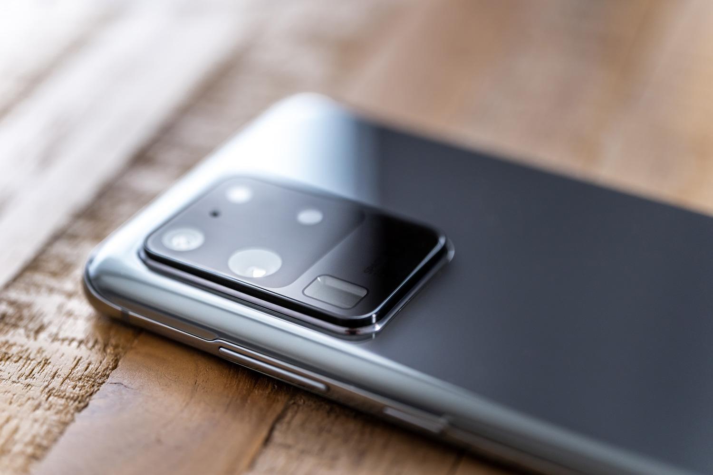 Android 11k historiaurreko agur esan du.  Bideo-grabazioak baino handiagoak izan daitezke 4 GB