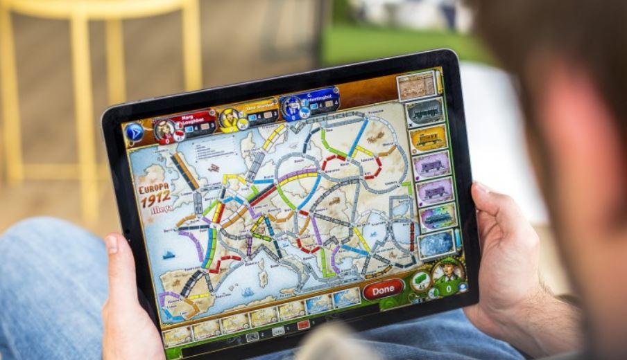 Apple Mini eta LED teknologia aldatzea Mac eta iPad modeloetan