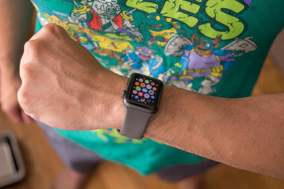 Apple Watch 3  deskontu handia prezioan