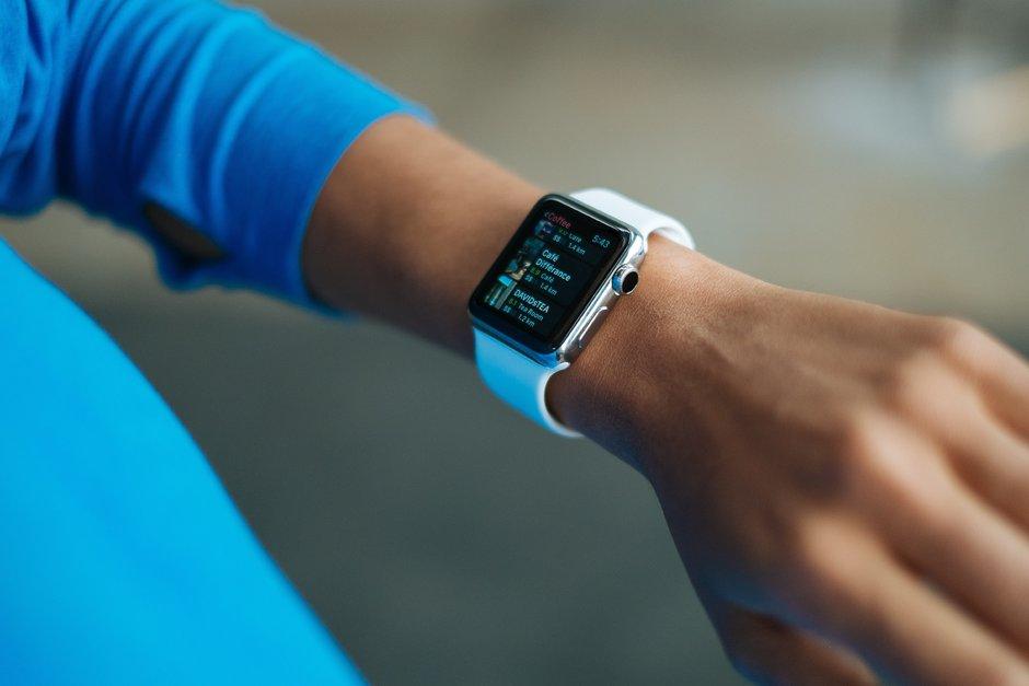 Apple Watch 4, 6 bertsio desberdinekin etorriko da