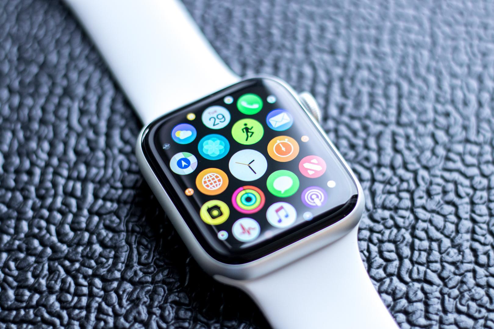 Apple Watch 5  iPhone 11rekin sartuko da
