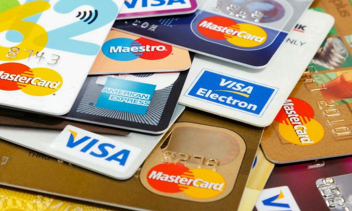 Aseguruen baldintza sartu zen telefono mugikorrak kredituarekin erosi nahi dituztenentzat!