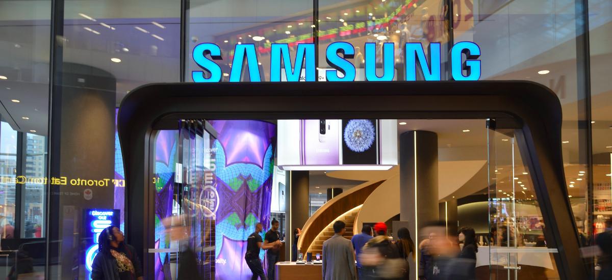Badirudi Samsung iragarkiak smartphoneetan erakutsi nahian dabilela