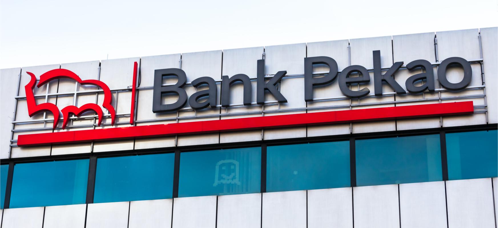 Bank Pekao-n zure identitatea e-ID batekin baieztatuko dugu eta bezero korporatiboek dokumentuak sinatuko dituzte berarekin