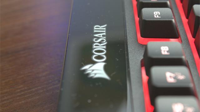 Corsair K57 RGB Wireless - fabrikatzaile estatubatuarraren lehenengo haririk gabeko mintz teklatuaren proba
