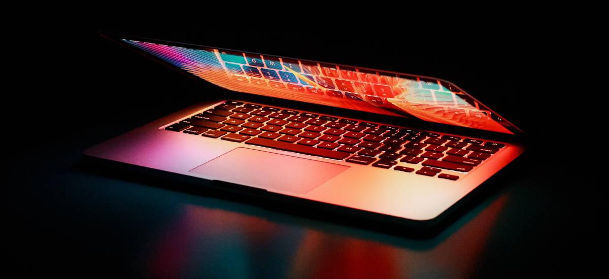 Datorren urteko MacBooks iraultzaileak izan daitezke. Apple ARM prozesadorearekin amodioa