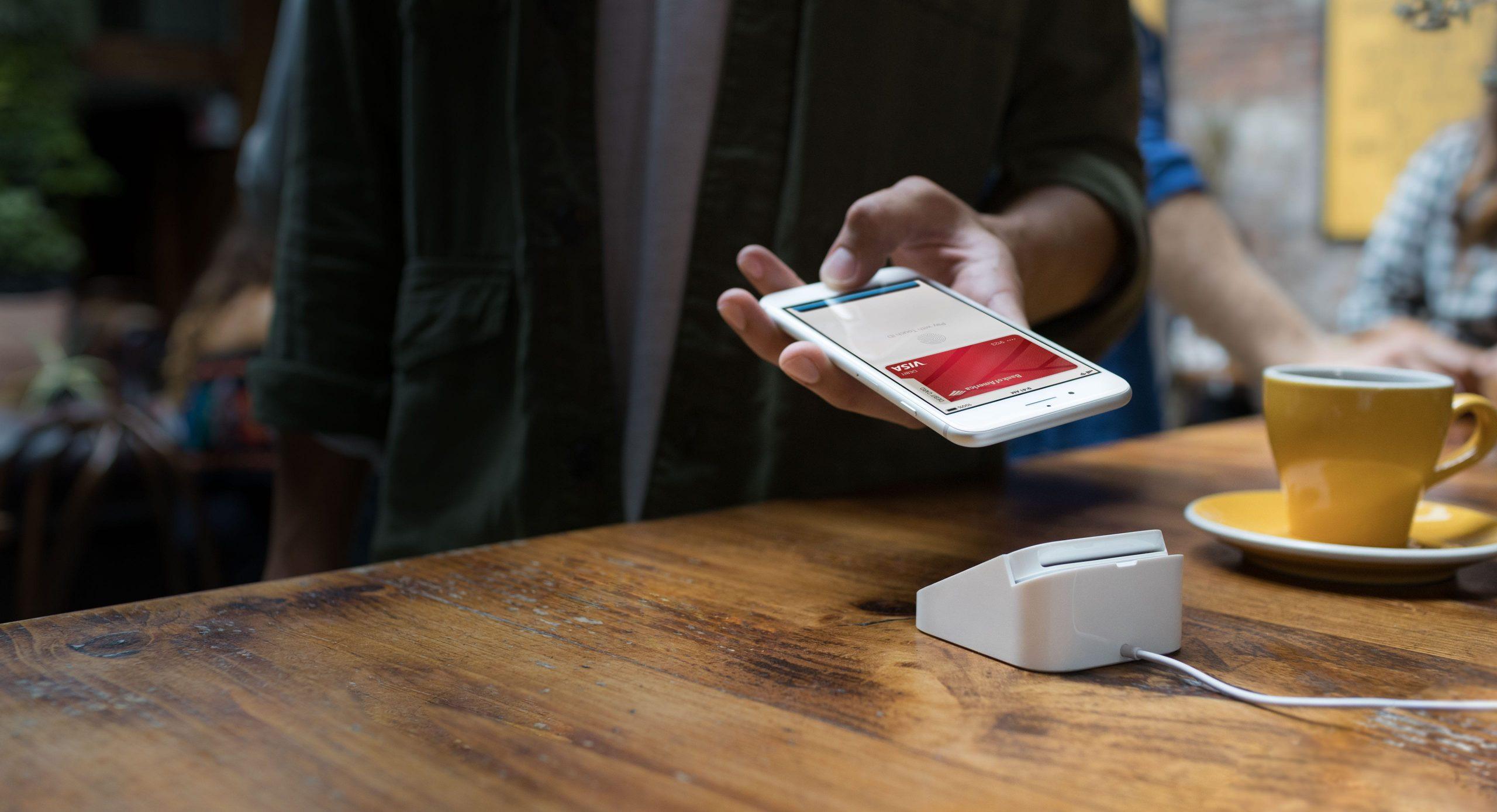 Erabilerarako dirua oparitzen ari da Bank Pekao Apple Pay