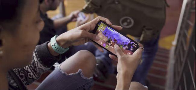 Fortnite Android-era bertsio zaharkituta dago eta erabilgarri dauden telefono guztietan dago eskuragarri 2