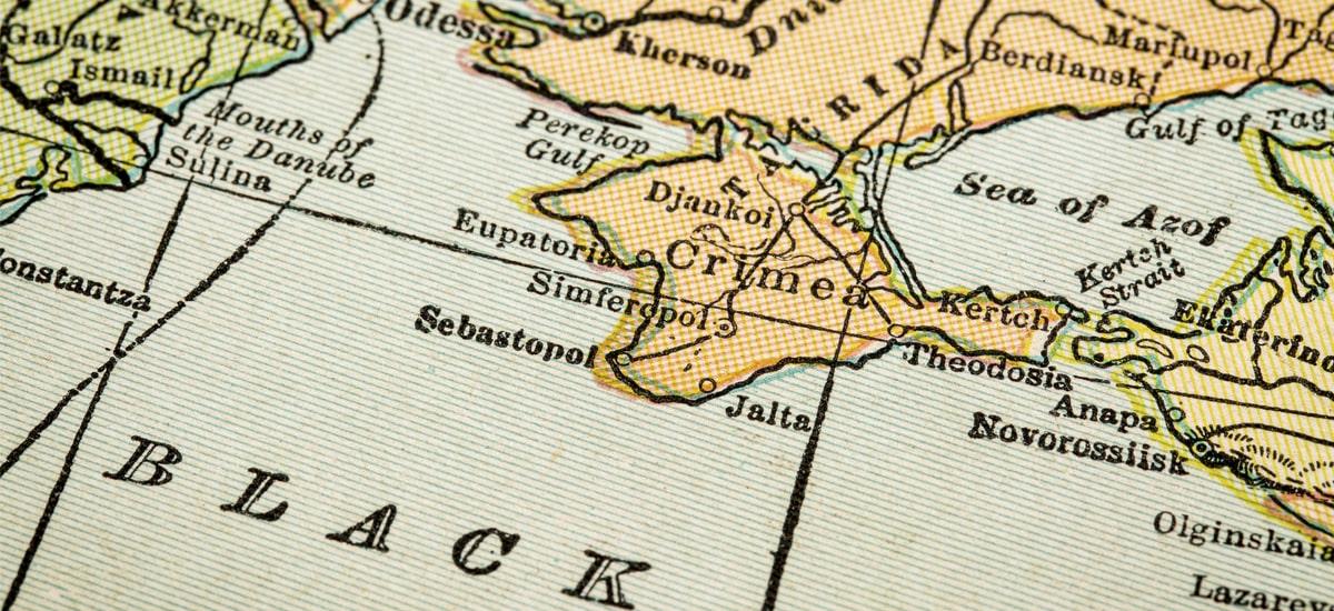 Gaia delako Apple errusiarrei Krimea eman zien.  Zeelanda Berria munduko mapetatik desagertzen denean, komunikabideak isilik daude