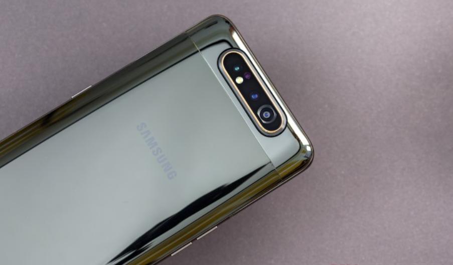 Galaxy A90 Samsung-en lehen serieko gailua izango da