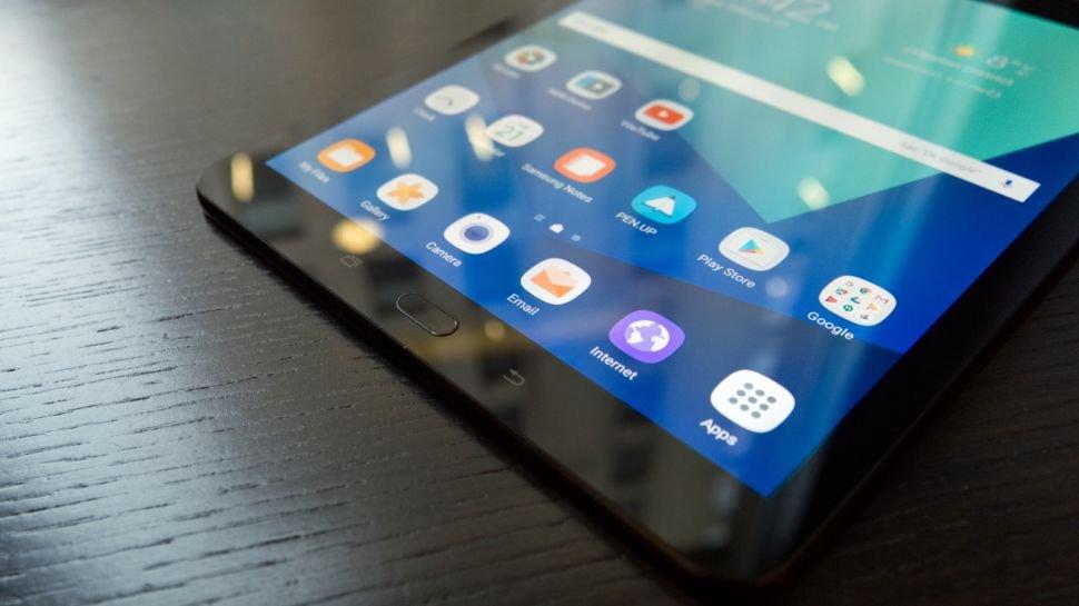 Galaxy Tab S4 salgai dago!