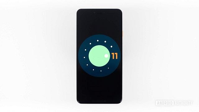 Google-k Android 11 Beta probak egiten hasi da