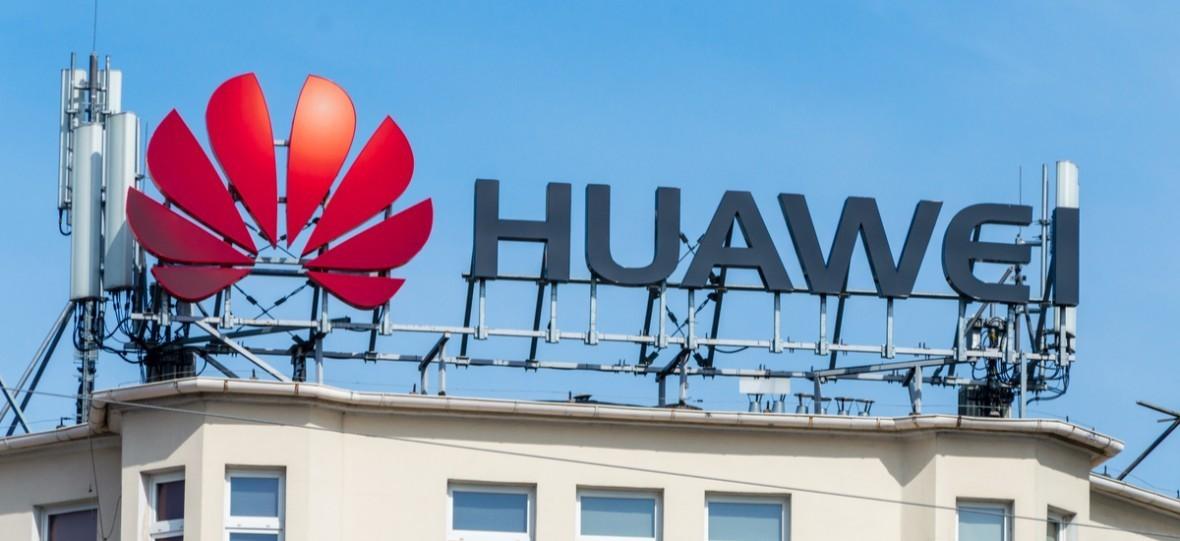 Huawei-k ez du etsi.  Konpainiak Trump debekua 5G gehiago garatzea saihestu nahi du