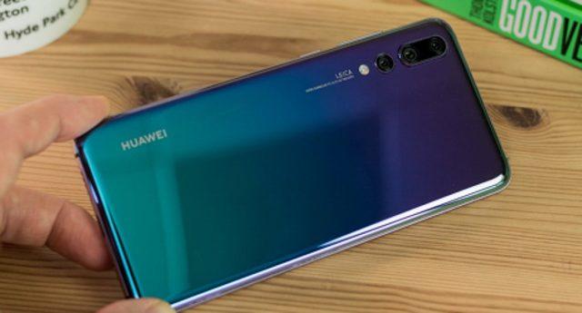 Huawei-k ez du uste zigortuko denik