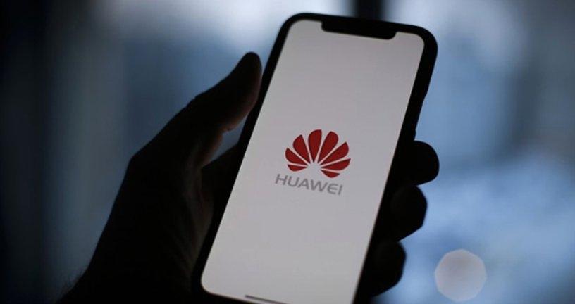 Huawei salmentak nabarmen egin du behera