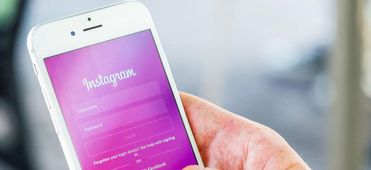 Instagram eta WhatsApp izenak aldatu. Facebook Nabarmendu nahi dut eskuan dituela