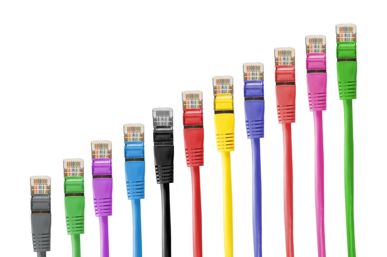 Internetek 50 urte ditu dagoeneko.  Badakizu zer esan nahi duen horrek
