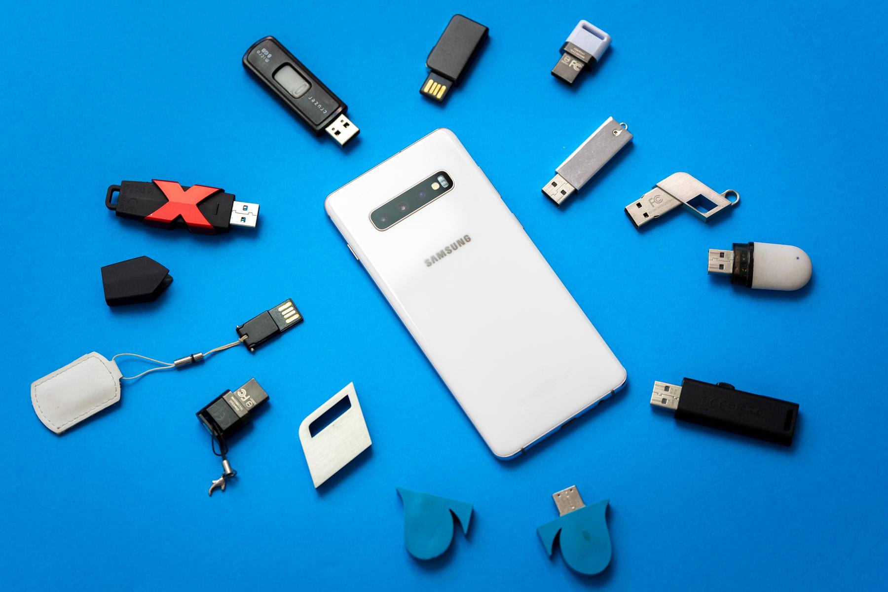 Lanaldiarekin konforme Galaxy S10 baterian?  S11 askoz ere hobea dela uste da