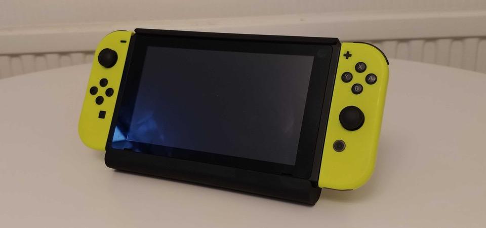 Nintendo Switch S-kargen berrikuspena