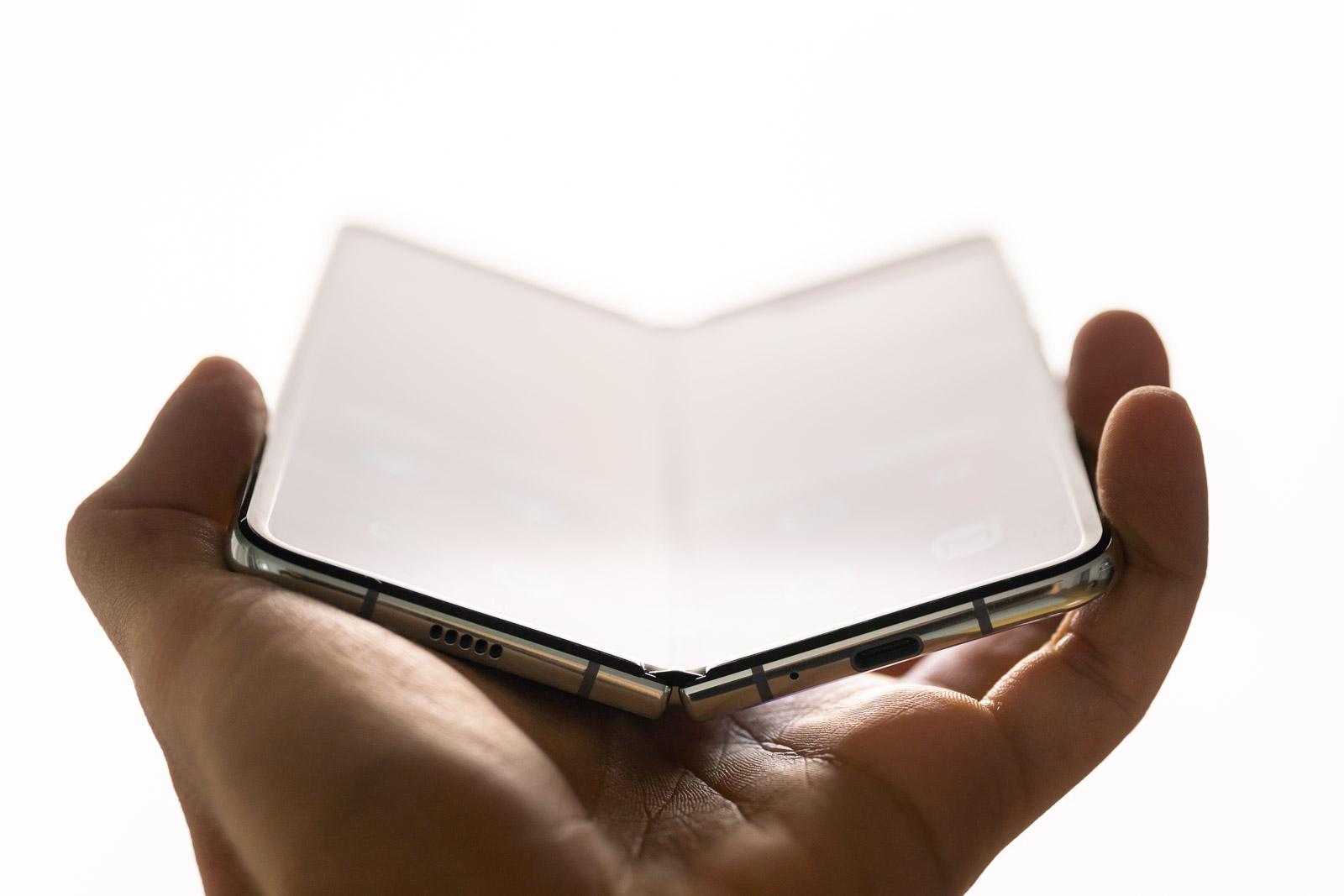 Nola bizi Samsung-ekin Galaxy Fold?  hemen 5 pros eta kontra handienak