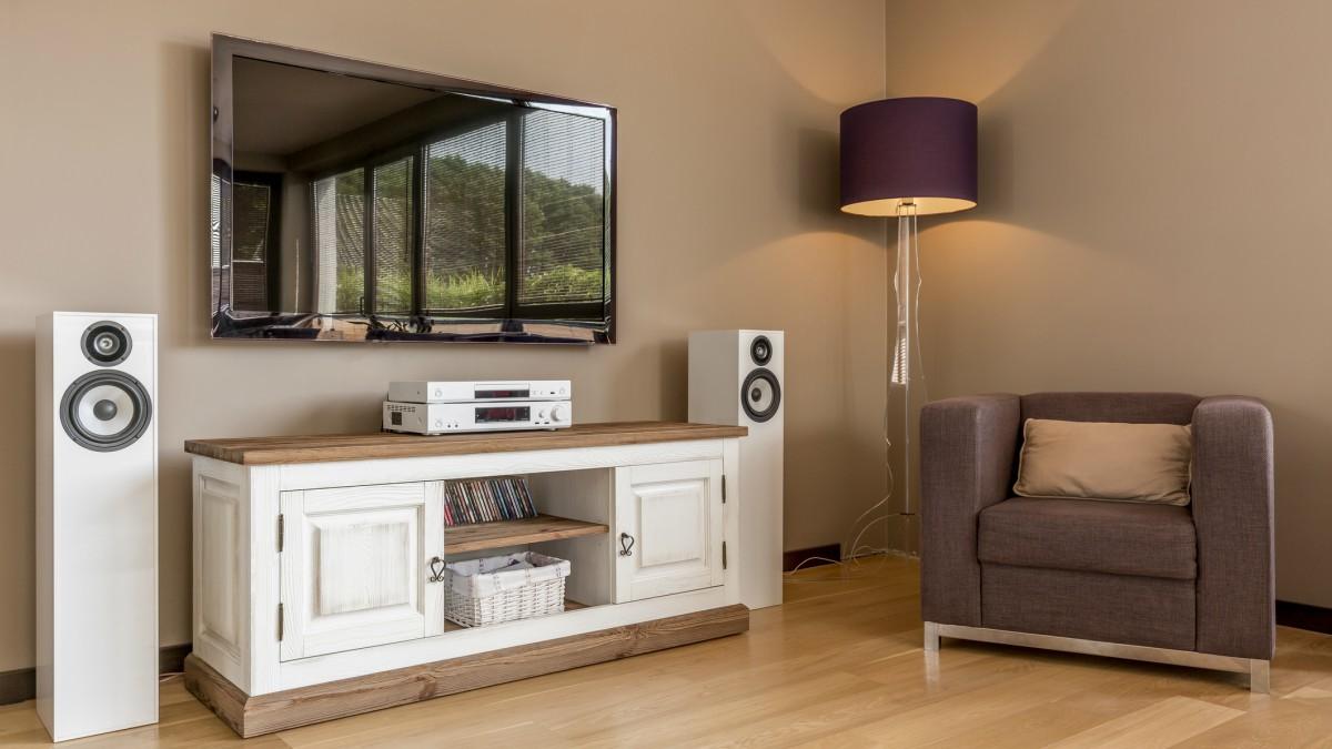 QLED vs OLED TV: Antzeko izenak, teknologia guztiz desberdinak
