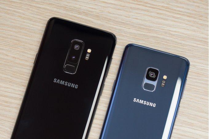Samsung 3 ezberdinak Galaxy S10 garatzen duen eredua