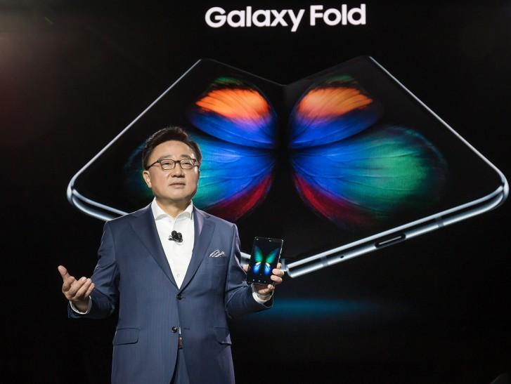 Samsung-ek ia desafioa egin dio Huawei-ri