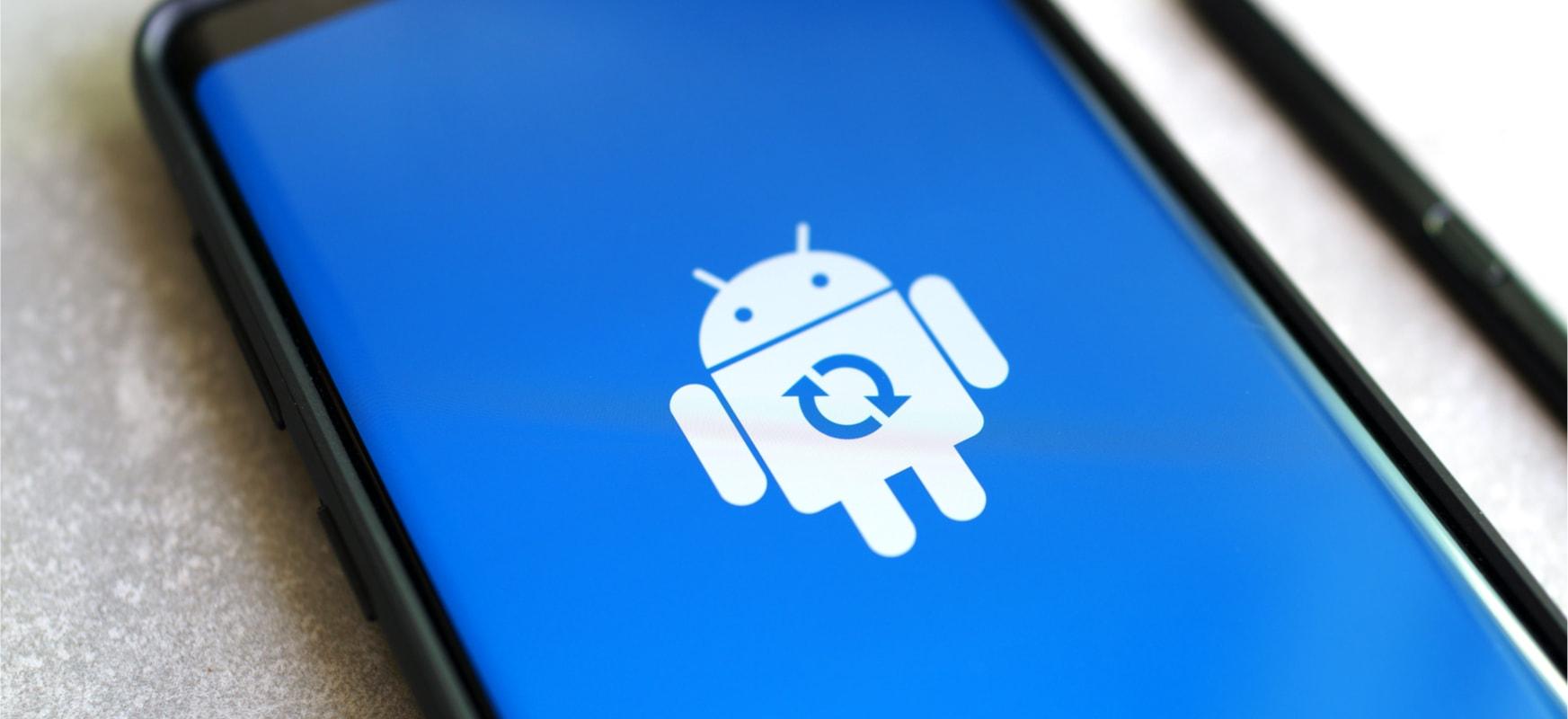 Sindikatuak smartphoneak konpondu eta Android bere kabuz eguneratzeko eskubidea nahi du