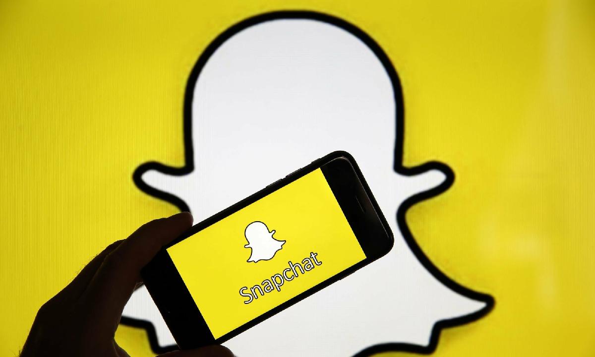 Snapchat eguneroko erabiltzaileek 210 milioi izatera iritsi ziren
