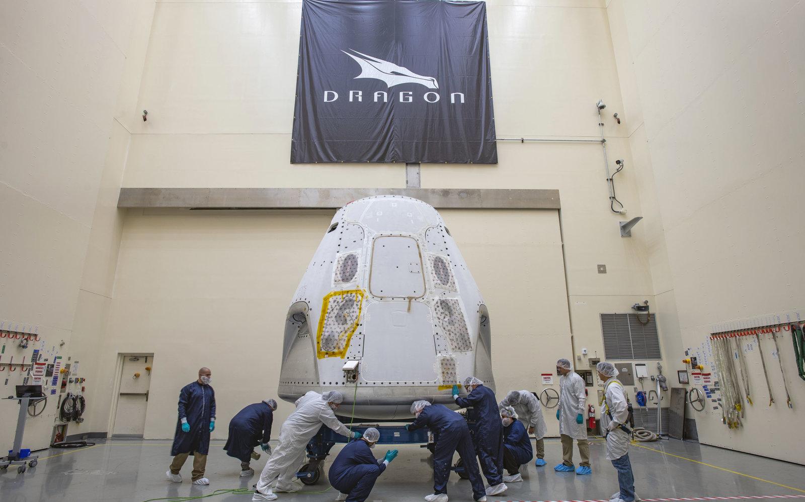 SpaceX-ek Crew Dragon jarri zuen abian jartzeko tertulian