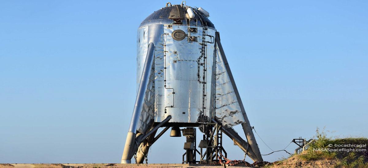 SpaceX erritmoa ikusgarria da.  Starhopperren lehen orbital probak urrian hasiko dira