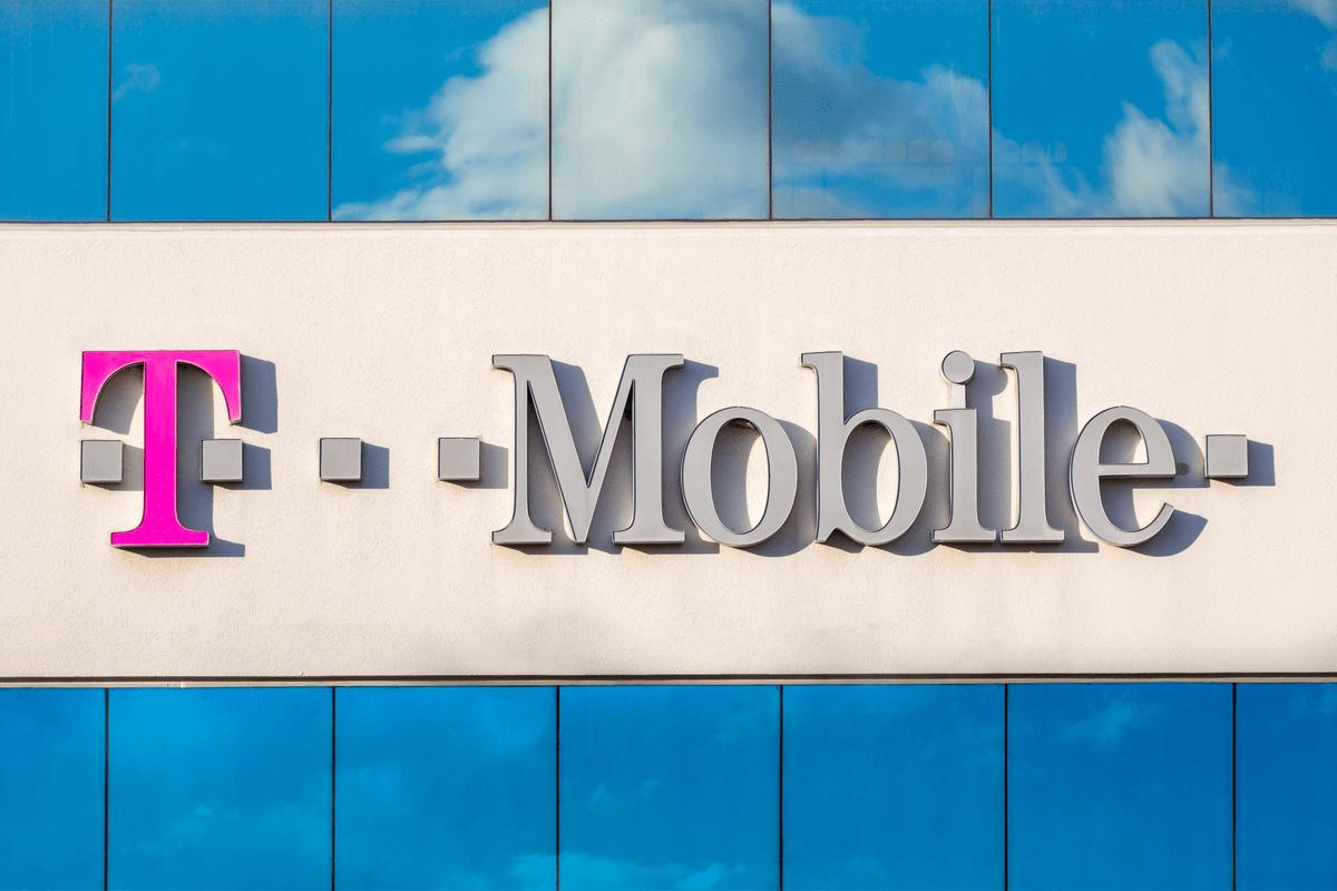"""T-Mobile Polskak langileak kaleratu ditu: """"garapena ezin da gastu murrizketarik egin gabe"""".  Horra hor presidentearen gutunaren edukia"""