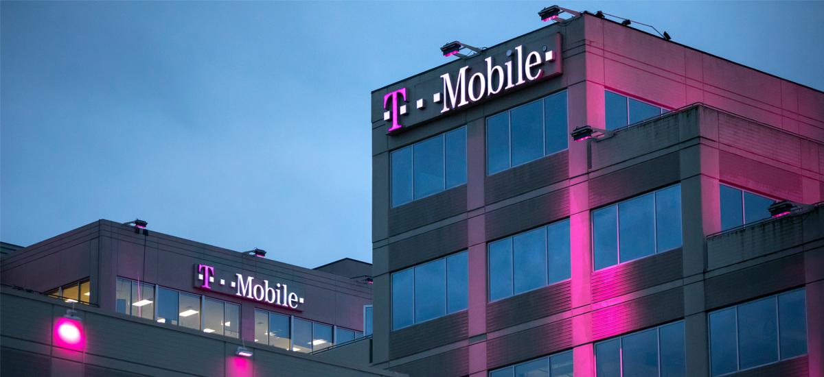 T-Mobile-k harpidetza bezeroei ematen die ondoren 6 GB.  Egin behar duzun guztia Visa txartelarekin aplikazioko zerbitzuak ordaintzea da