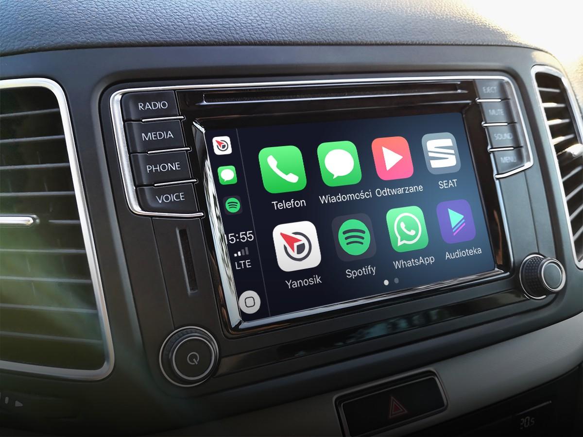 Telefonoa arbelean jar dezakezu.  Yanosik azkenean joaten da Apple CarPlay