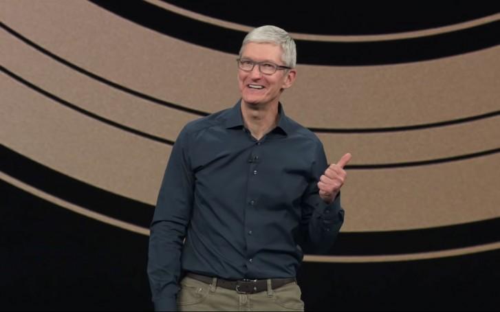 Tim Cook berria Apple beren produktuen berri ona eman zuten