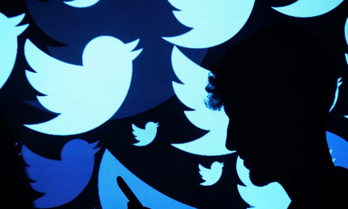 Twitter konpondu auto tweet freskatzeko arazoa!