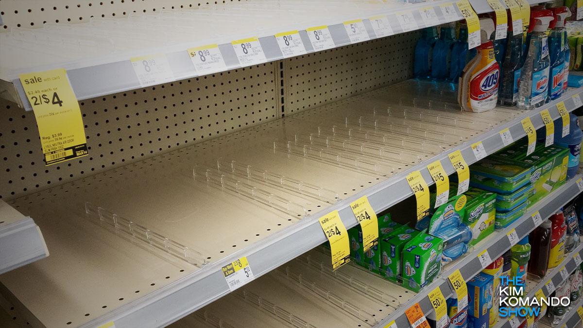 """Walmart-k, Costco-k eta Target-ek debekatu egin zuten """"funtsezkoak ez direnak"""" saltzea"""